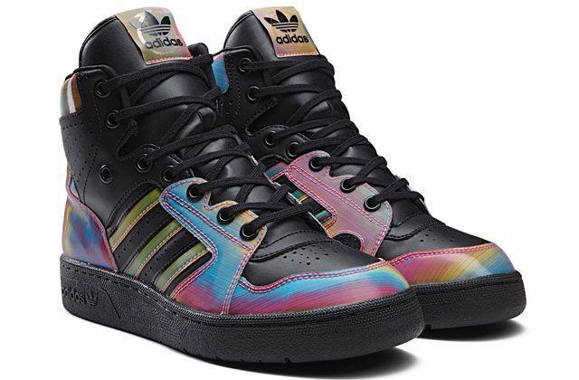 Colección futurista de zapatos Adidas Originals por Rita Ora