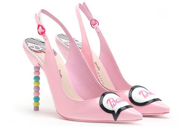 Zapatos inspirados en Barbie por Sophia Webster