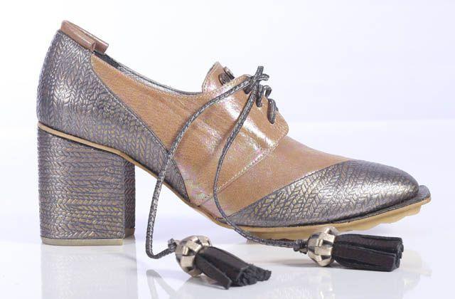 La vida no es lineal, zapatos y bolsos de MP Patricia Mejía