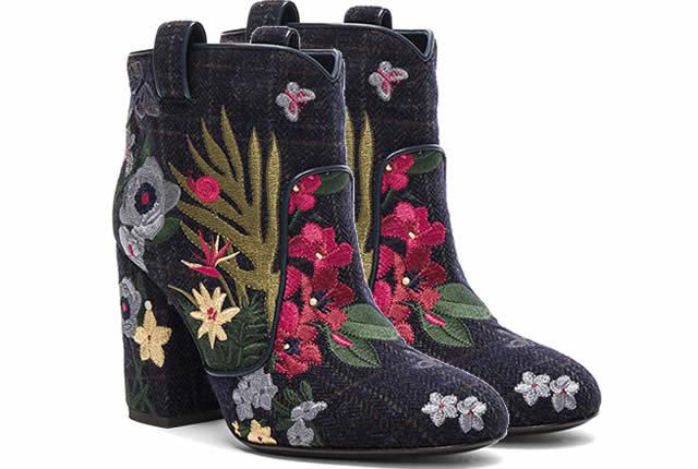 Sofisticación y flores en los zapatos de Laurence Dacade