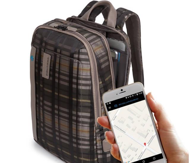 Moda y tecnología en maletas y morrales de Piquadro