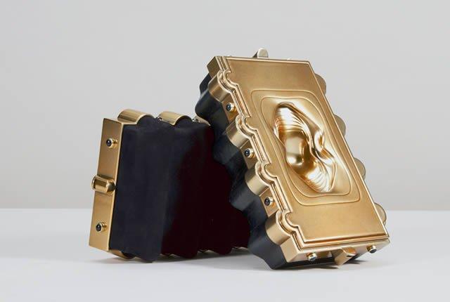 Bolso inspirado en Thutmose