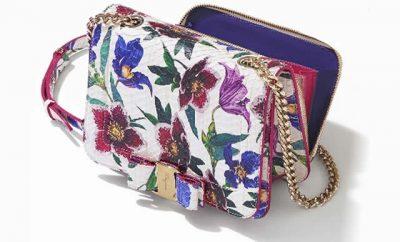 Flores en zapatos y bolsos Salvatore Ferragamo