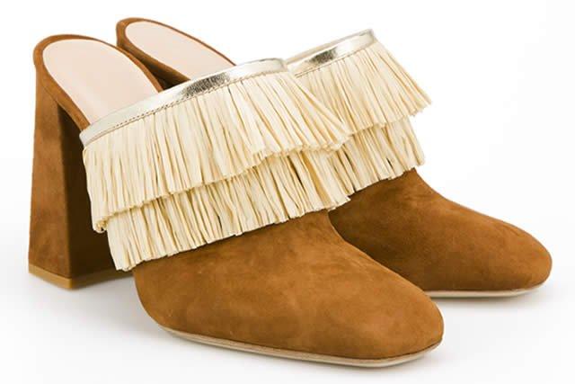 Zapatos inspirados en danzas de la tribu Huli