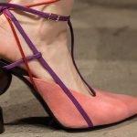 Tacones artísticos en los zapatos de mujer de Prabal Gurung
