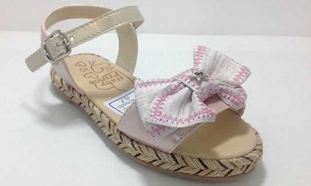 Diseño y estilo en zapatos infantiles