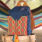 Totto lanza colección de bolsos artesanales